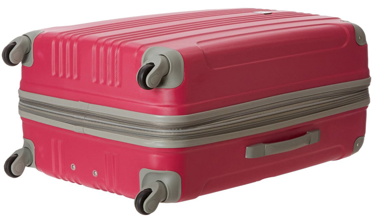 Beverly Hills Country Club Malibu Luggage Set - Bottom of the suitcase